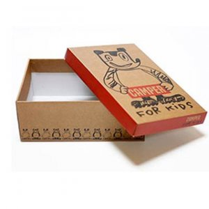Packaging box with lid