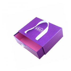 Wig box with handle rope