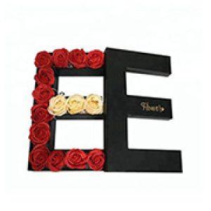 Romantic flower gift box